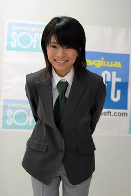 yurina20050925_1.jpg
